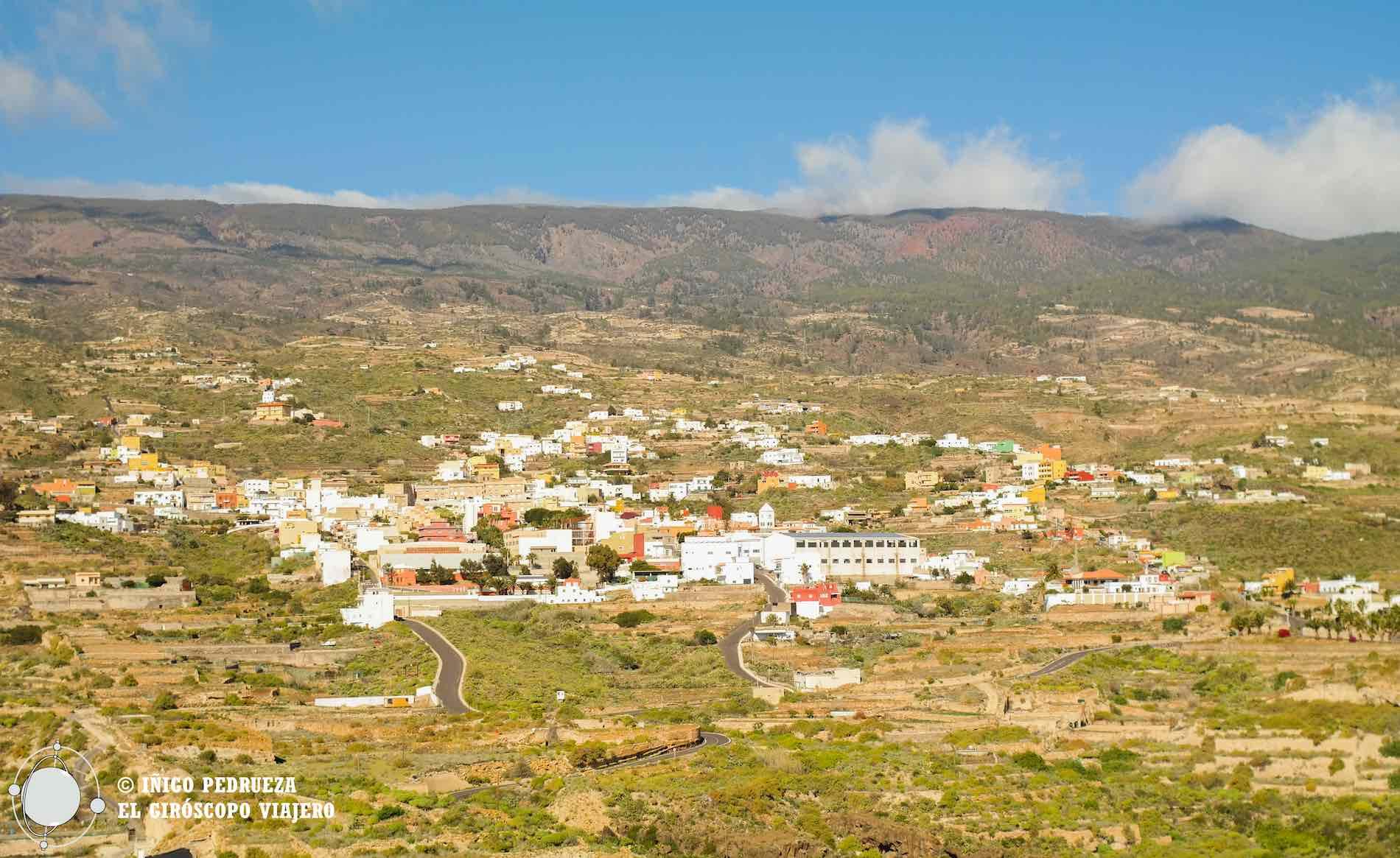 Village de Fasnia dans la face est du volcan Teide. Un village méconnu et charmant.